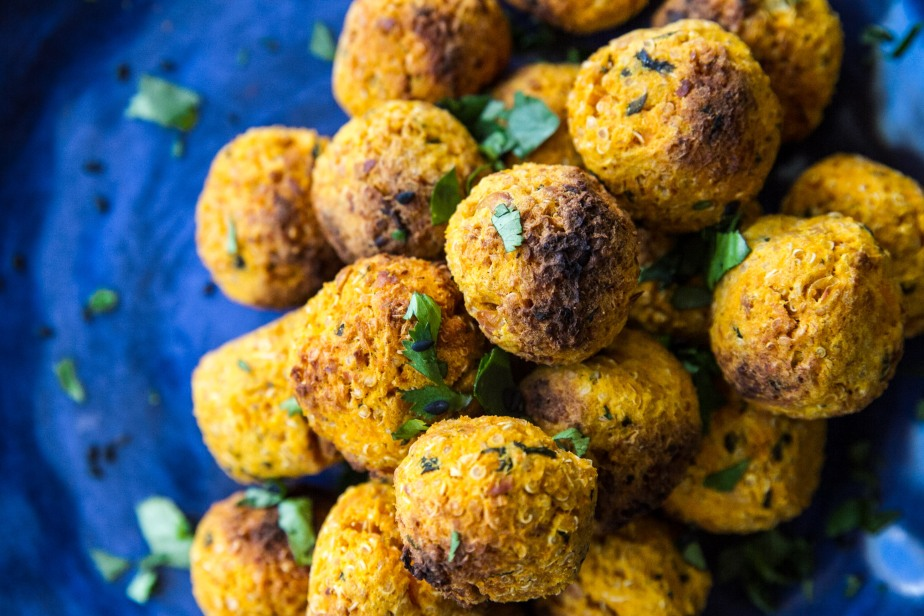 Quinoa and sweet potatofalafel